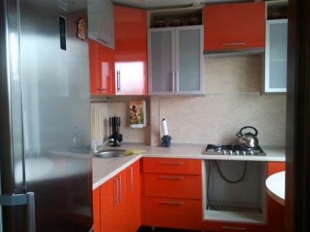 Особенности дизайна маленьких кухонь